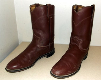 Brown Roper style cowboy Boots -- Justin brand size 9 D or cowgirl size 10.5 to 11