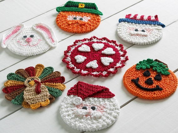 Crochet Patterns Xmas : Holiday CD Coasters Crochet Pattern PDF by Maggiescrochet on Etsy