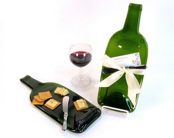 Melted Wine Bottle Cheese Tray with Spreader, Perfect Hostess or Housewarming Gift, Eco-Friendly Green Glass