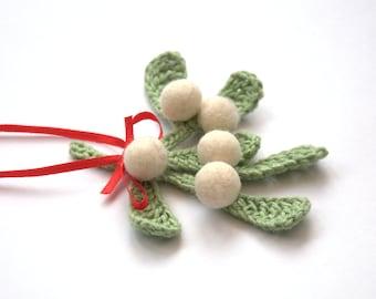 Christmas Mistletoe ornament decor traditional Winter Weddings favor felted Europe green white mint kiss gift Valentine