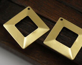 12 Raw Brass Square Middle Hole Pyramid Tribal Pendant, Charms  (20 X 20 Mm) Brs 670 ( A0027 )