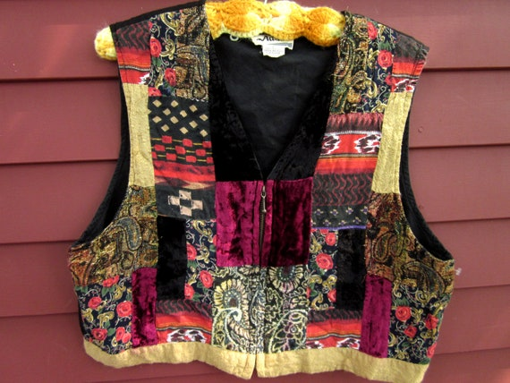 Vintage Fall Time Crazy Quilt Patchwork Ethnic Velvet Hippie Gypsy Bohemian Vest Size Large