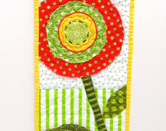 Christmas poppy quilt- wall hanging in bright green, red and yellow- single stem, Ready to ship