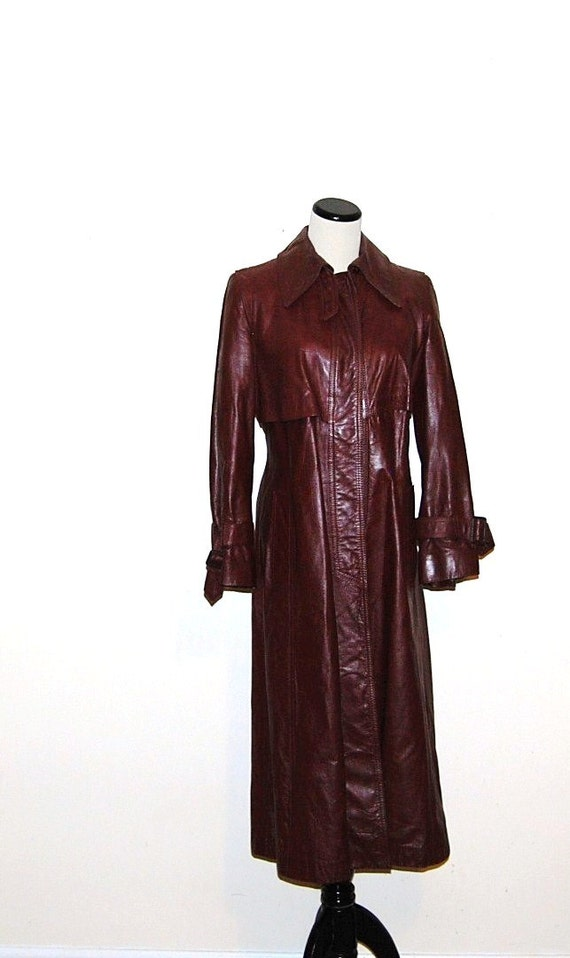 reserve  .....................Vintage Coat Leather Oxblood Trench 70s