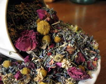 Potpourri 1 Pound. Organic Chamomile, Lavender and Red Roses. Petal Confetti - DIY scented sachets, bath tea & bridal shower favo