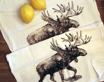 Set of 2 Towels - MOOSE (In Snow Shoes) - Multi-Purpose Flour Sack Bar - Renewable Natural Cotton