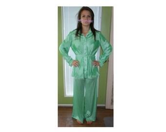 Vintage 70s lingerie lounge wear 2 pc mint green pants top Leslie Fay
