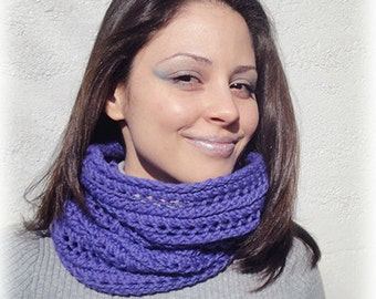 KNITTING PATTERN for the Shapeshifting Cowl