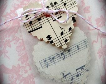1 Dozen Pretty Music Scallop Hearts