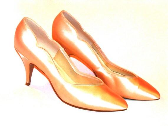 Vintage Pink Satin Heels - Size 9.5