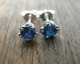 Vintage Style Blue earrings,  round 5mm brilliant-cut cubic zirconia, Zirconia earring, Nostalgic Gift, Statement Jewelry