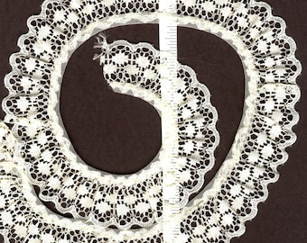 1 inch wide Gathered Lace Trim- CREAM  25 yds  (XD605)