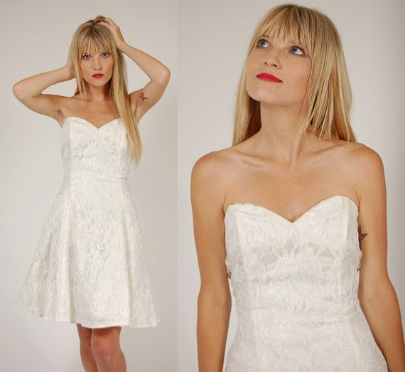 Vintage 80s Mini Dress White SWEETHEART LACE Babydoll Wedding Party XS
