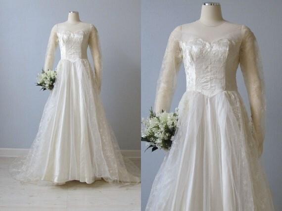 RESERVED vintage 1950s Wedding Dress / 50s  Lace Wedding Gown /  Lauren