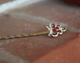 H57 Vintage Red Rhinestone Grape Cluster Upcycled  Hair Pin