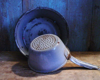 Vintage Graniteware, Farmhouse Kitchen Decor, Vintage Enamelware Pan & Strainer, Gray Enamelware, Primitive Kitchen Decor, Rustic Kitchen