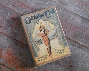 Miniature Book --- Ozma of Oz
