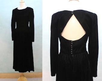80's Black Velvet Midi Dress/ Keyhole Back /  Lanz / Small
