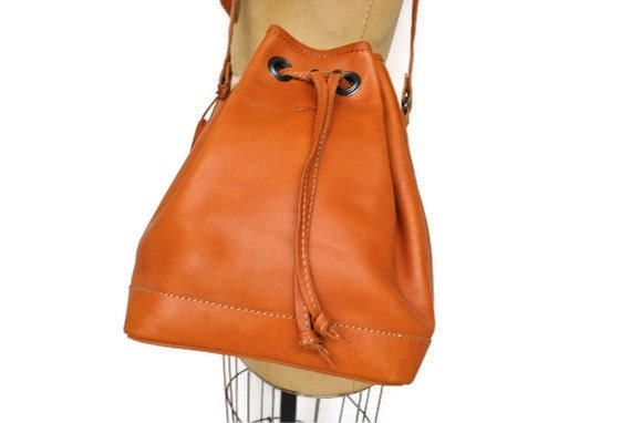 Leather Bucket Bag / Honey Brown Leather Tote Purse