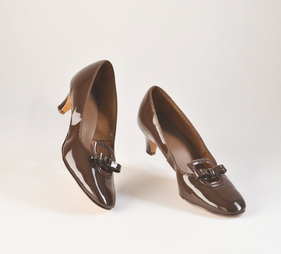 Vintage 1960's Shoes Buckles & Bows Brown Patent Leather