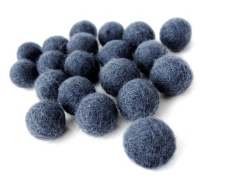 Felt Balls Blue - 20 Pure Wool Beads 15mm -  midnight blue shades -   (W208A)