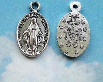 1 tiny Miraculous medal, medallion for devotion to Virgin Mary, silver tone, 13mm