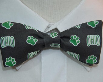 Ohio Bobcat on Charcoal  Bow Tie