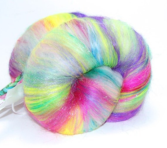 Milky Way OOAK - 4.9 oz Pink Blue Green Drum Carded Wool Fiber Batt