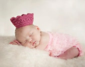 The Prince(ss) Crown -  Crochet Hat, Newborn Photo prop.