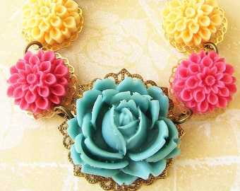 Flower Necklace Turquoise Jewelry Bib Statement Necklace Colorful Jewelry Bridesmaid Gift Single Strand