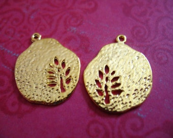 5 10 25 pcs, FERN Leaves Leaf BRANCH Pendants Charms Drops Dangles, Silver or Gold Plated, 21x17.5 mm, woodland organic nature wholesale