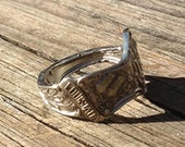 louisiana ring made from sterling silver spoon - state ring - features pelican and baton rouge