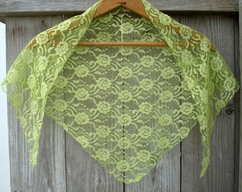 Vintage Lace Mantilla - Vintage Shawl - Vintage Head Scarf - Vintage Veil - 50s - Lime - Neon Green