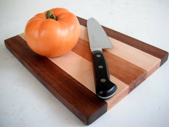eco cutting board made from reclaimed and recycled hardwoods