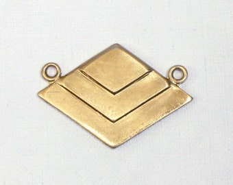 3 CHEVRON geometric jewelry pendant in GOLD color. 17mm x 24mm (ST65)