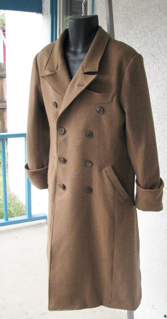 Men's Vintage Style Coats and Jackets 1920s Style Wool and Cashmere Overcoats $965.00 AT vintagedancer.com