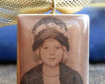 LITTLE MISS CHARACTER...    vintage photo Scrabble pendant...  x 211