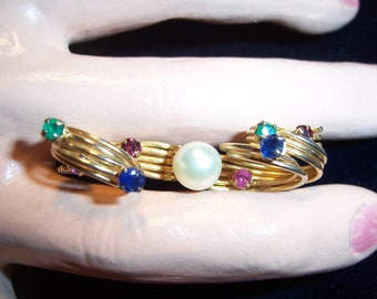 Vintage Signed Vogue Jlry Colored Rhinestone & Faux Pearl Brooch Pin