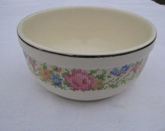 Vintage Harker Hotoven Mixing Bowl Petit Point Pattern 1930's Medium size