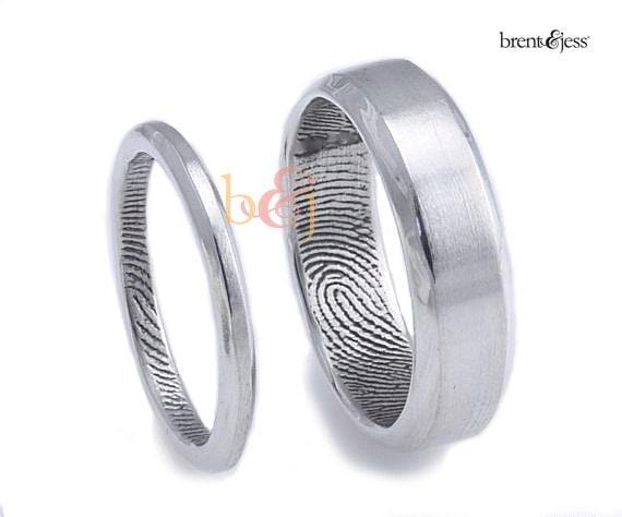 2.5mm/6mm Set, Sterling Silver Custom Fingerprint Wedding rings or Commitment Bands with Beveled Outside Edge