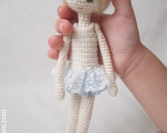 Amigurumi 7 inc Pocket Doll Pattern