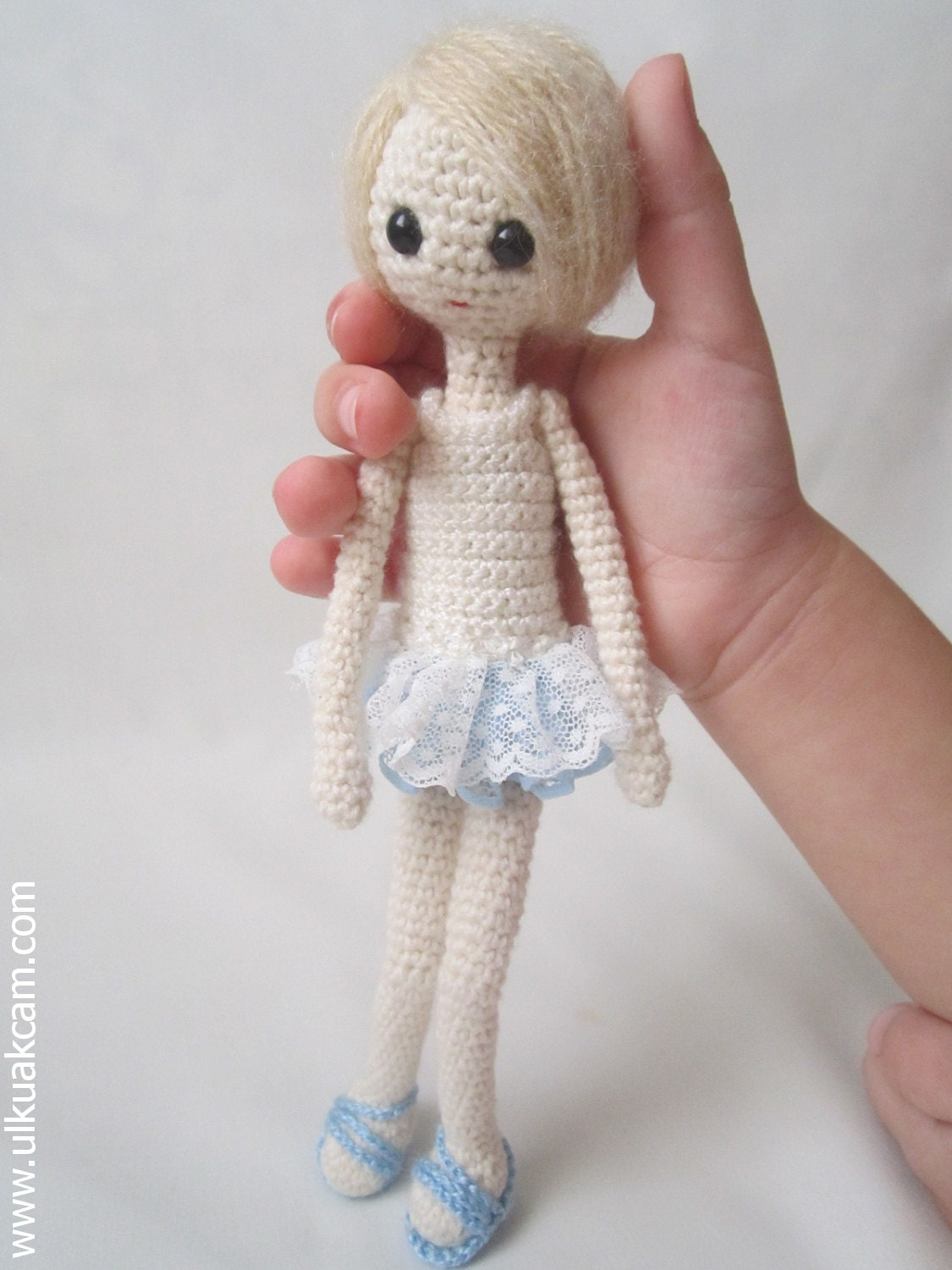 Amigurumi Pattern Dolls : Amigurumi 7 inc Pocket Doll Pattern