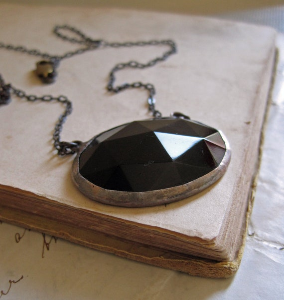 Oval Glass Bib Jewelry Black Faceted Necklace