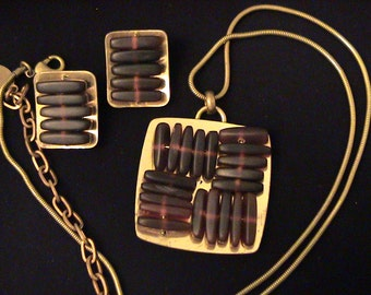 Vintage MARJORIE BAER Modernist Horn Bead & Brass Necklace and Clip Earrings SET