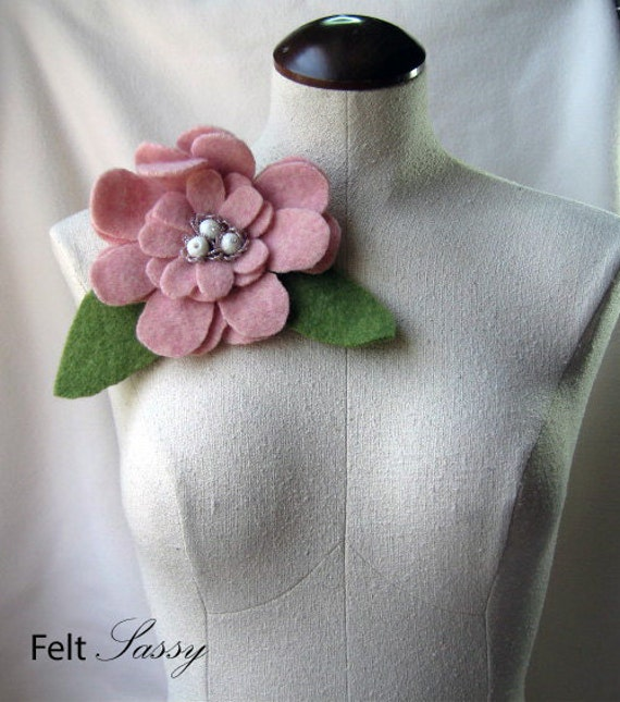 Brooch - Recycled Wool Sweater - Romantic Pink Flower - by FeltSassy