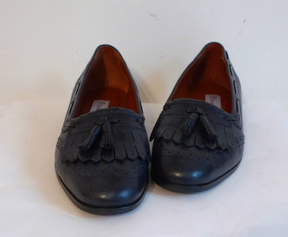 Etienne Aigner Deep Navy Blue Tassel Loafers, Leather Flat Shoes/ Sz. 7.5 US Women/ Golf Fringe Slip On Flats
