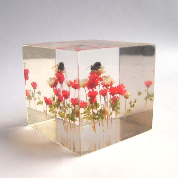 Lucite Cube Paperweight With Flowers and Honey Bee