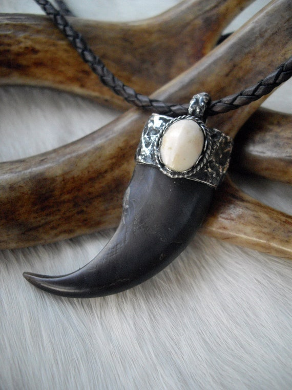 Genuine Bear Claw Set In A Sterling Silver And Elk Ivory Cap