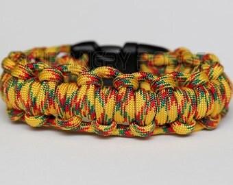 550 Paracord Survival Bracelet Half Hitch Alt - Vietnam - Yellow Green Red