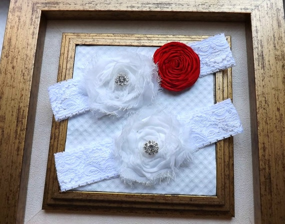 Wedding Garter - Bridal Garter and Toss Garter - Lace Garter - Ivory and Red Wedding Garter Set